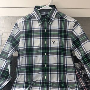 Men's American eagle button up plaid extra small